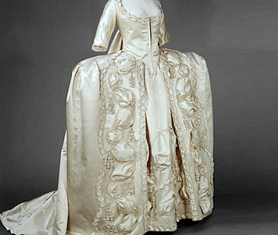 Queen Victoria's Wedding Dress: The One That Started It